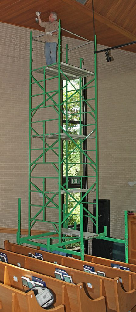 Lightbulb change ladder